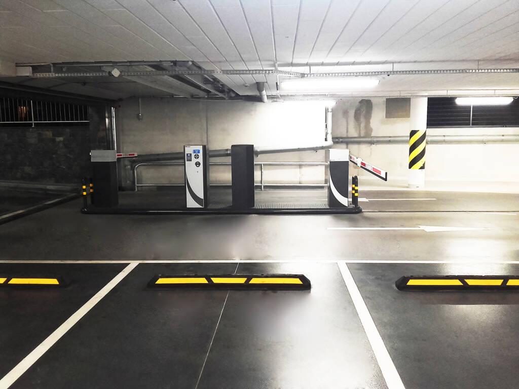 Posadzka żywiczna kolorowa w garażu podziemnym w Zakopanem 3